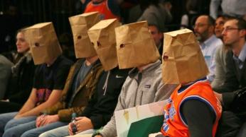 knicks-fans-paper-bags1