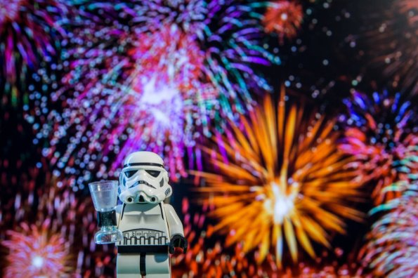 lego_star_wars_stormtrooper___happy_new_year__by_neochan_pl-d5oap0o